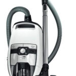 Top 7 Best Bagless Canister Vacuum Reviews of 2020